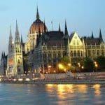 Венгрия повышает налоги для банков