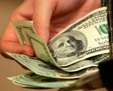 Правительство будет контролировать уплату налога с зарубежных переводов