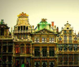 Официальный Брюссель жаждет увеличения налоговых выплат от швейцарских банков