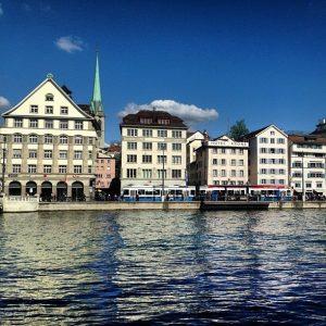 Иностранцев могут изолировать от рынка коммерческой недвижимости в Швейцарии