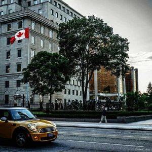 Канадцы тратят на налоги больше, чем на предметы первой необходимости