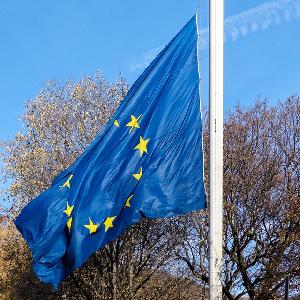 ЕС поясняет директиву, направленную против избегания налогов